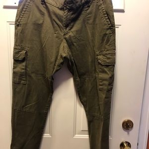 Gap cargo army green pants